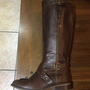 Guess boots chocolate brown